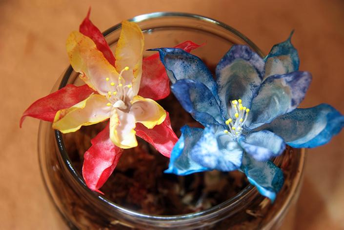 本学卒業生 喜多聰さんワークショップ『HOW TO 特殊造形? 花をつくってみよう!』