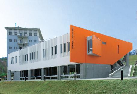 クリエイティブセンター